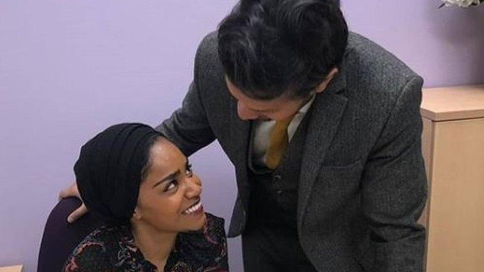 যে কারণে নিজের স্বামীকে দ্বিতীয়বার বিয়ে করলেন ব্রিটিশ-বাংলাদেশী নাদিয়া হুসেইন