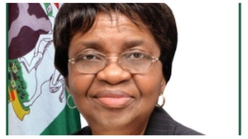 NAFDAC warn Nigerians not to chop organic apple and blackcurrant from  Australia - BBC News Pidgin