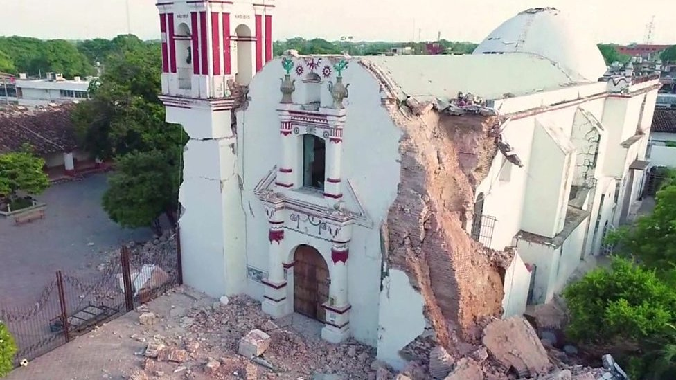 Mexico earthquake: Drone reveals aftermath