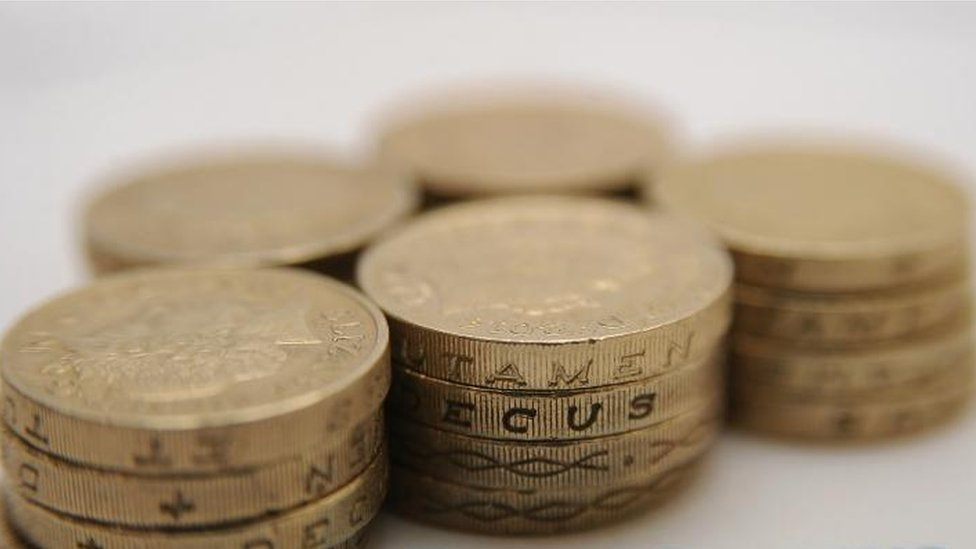 Old £1 coin spending deadline looms