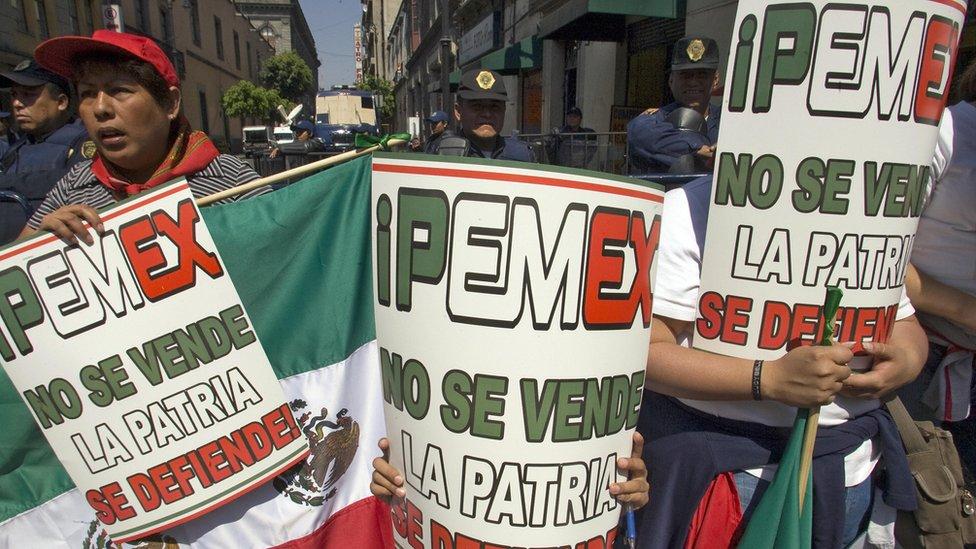 La apertura a la inversión extranjera en el petróleo motivó protestas en las calles.