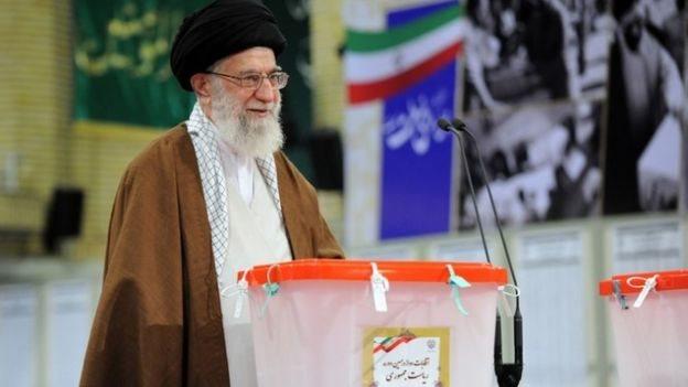 المرشد الأعلى للثورة الإيرانية آية الله خامنئي