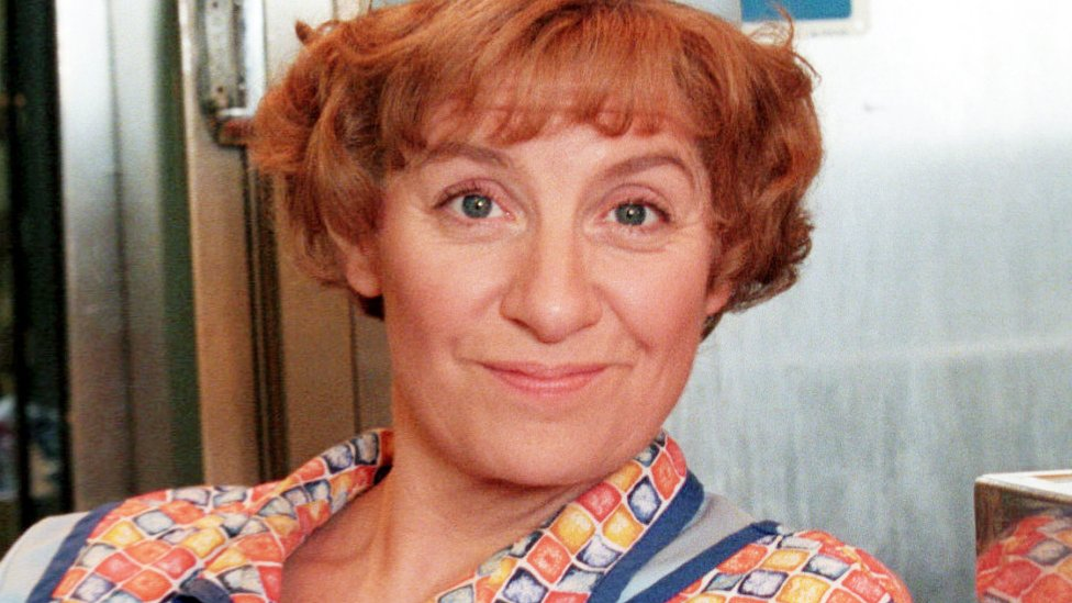 Victoria Wood statue campaign raises £20,000 but seeks £10,000 more