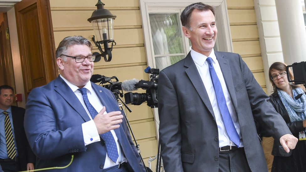 Brexit: Jeremy Hunt begins tour of European ministers