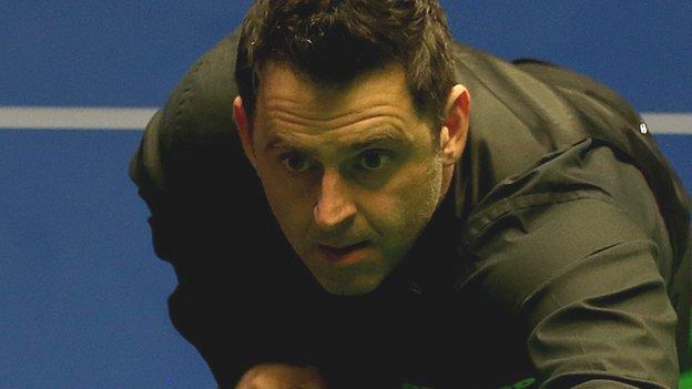 O'Sullivan thrashes Dott to reach last eight in China