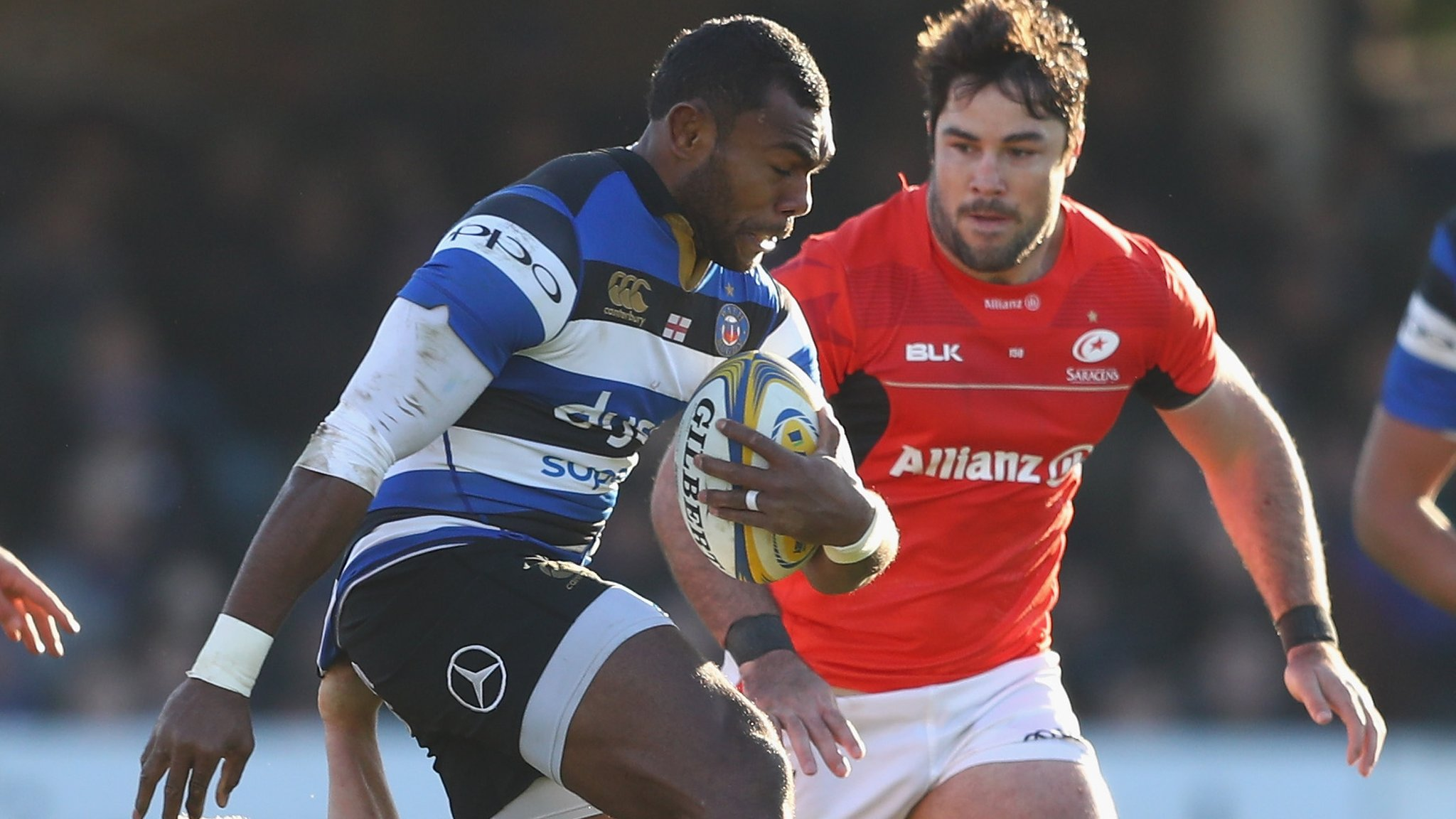 Bath hold on to beat leaders Saracens