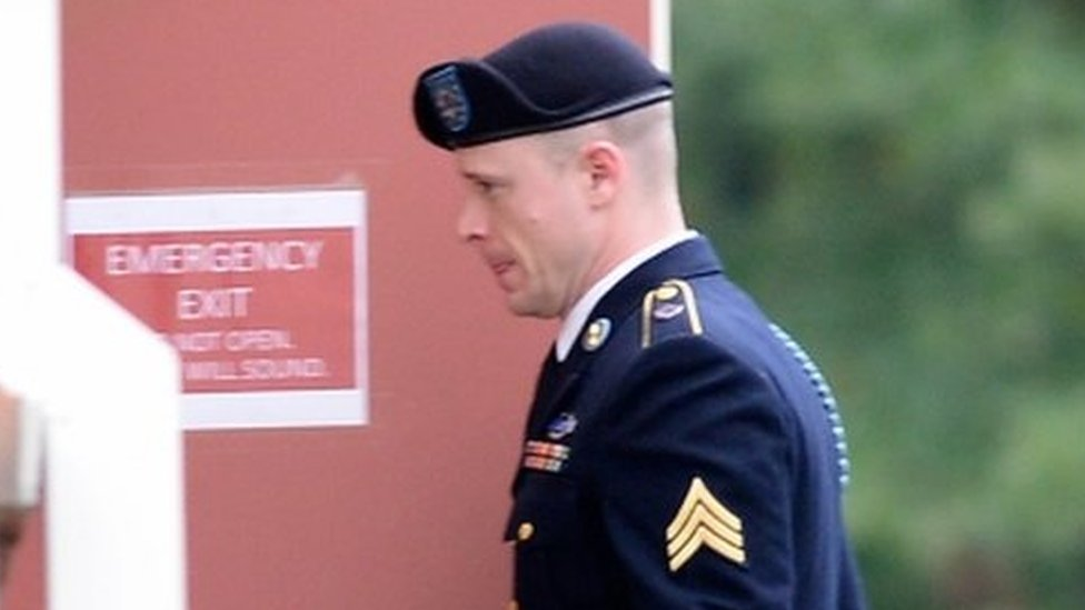 US soldier pleads guilty to desertion