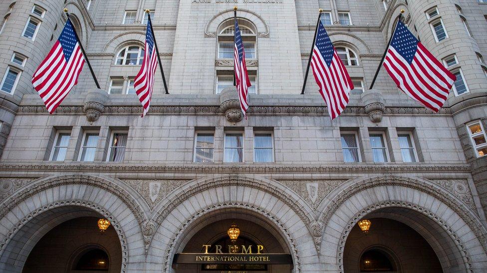 El Trump International Hotel de Washington está situado muy cerca de la Casa Blanca.