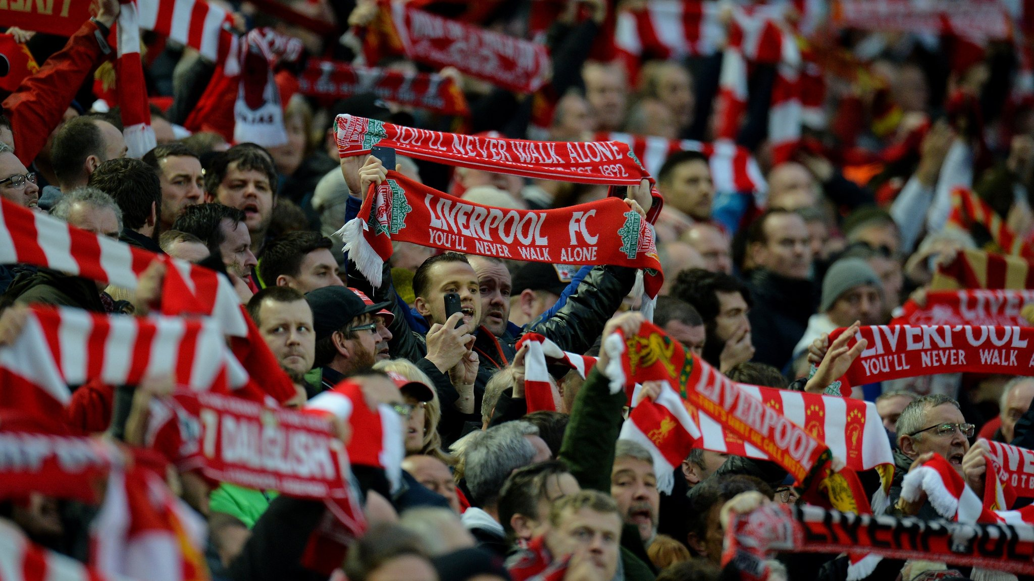Liverpool call meeting amid safety fears before Roma match