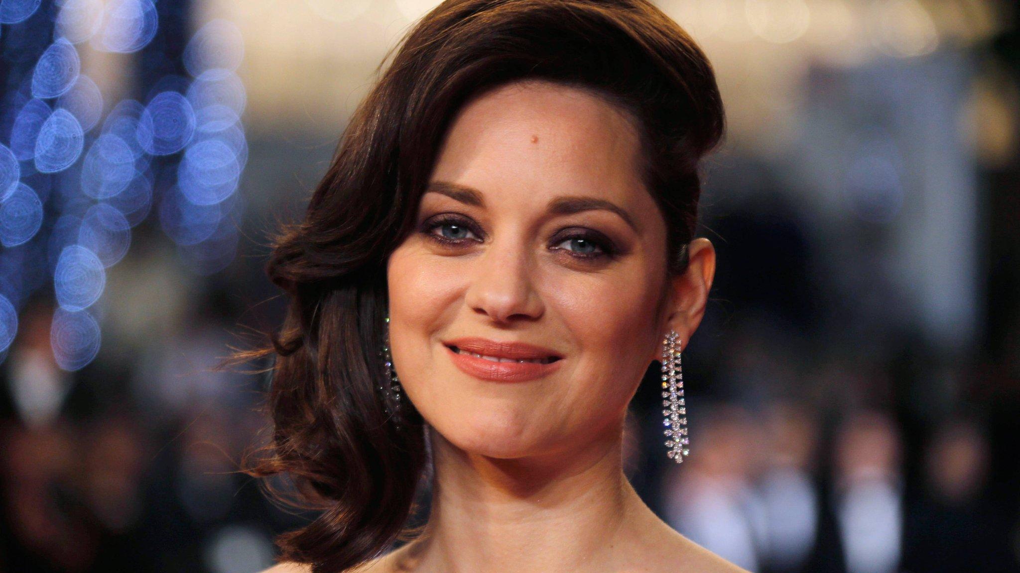 Marion Cotillard denies Brad Pitt affair rumours