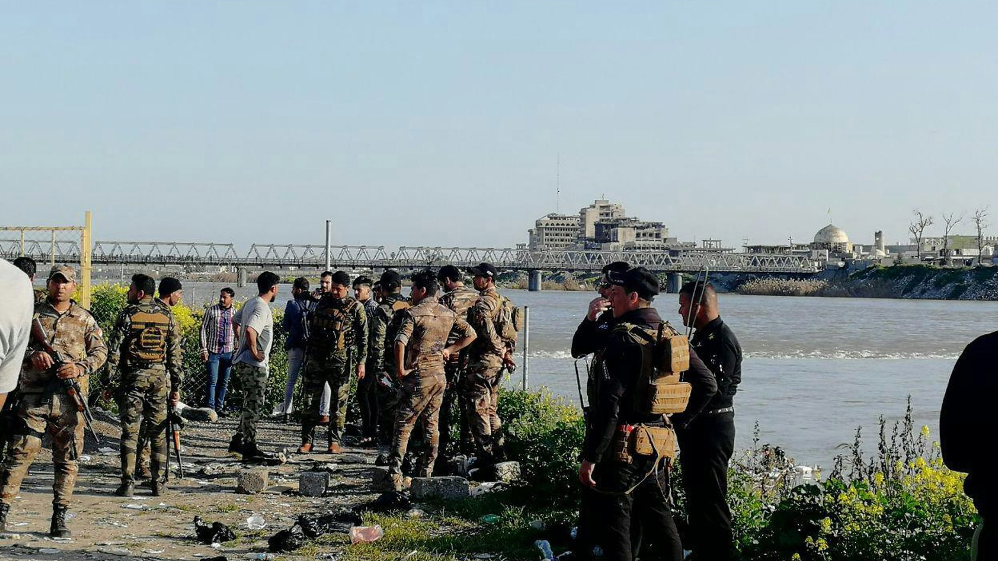 Iraq ferry sinking: 'More than 70 dead' in Tigris river