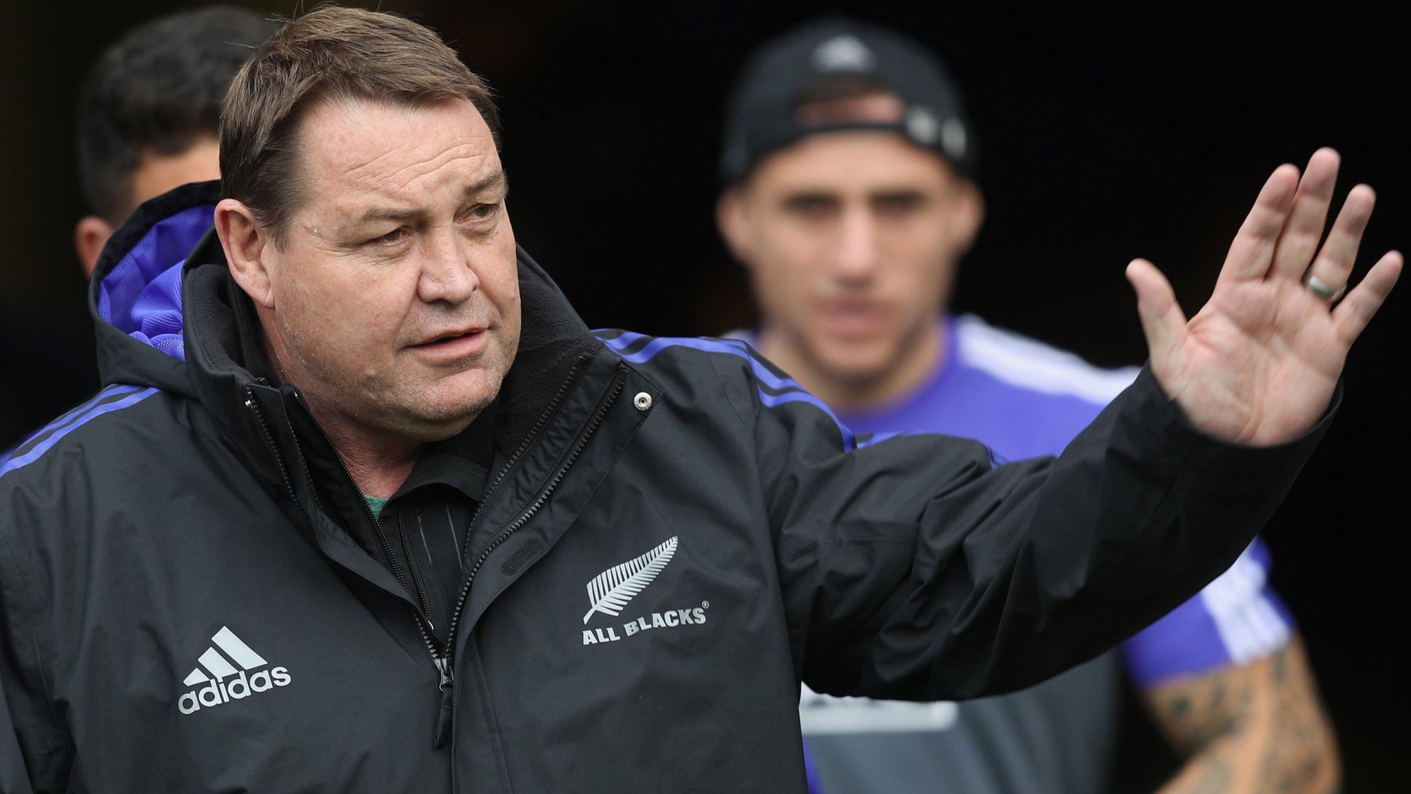 World Cup-winning coach Hansen to stay until 2019