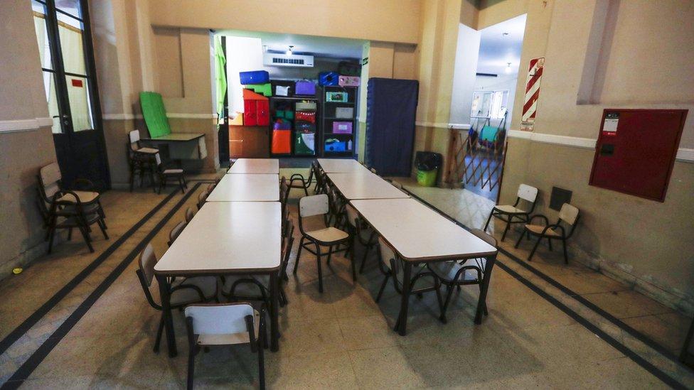 Los maestros son criticados por su nivel de ausentismo.