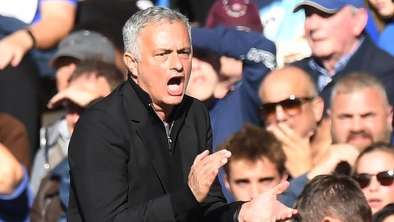 Mourinho not charged for part in Chelsea fracas