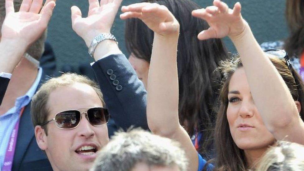 看網球賽必吃草莓?王室成員看球不顧形象?溫網場邊的「英國瘋狂事」報你知!
