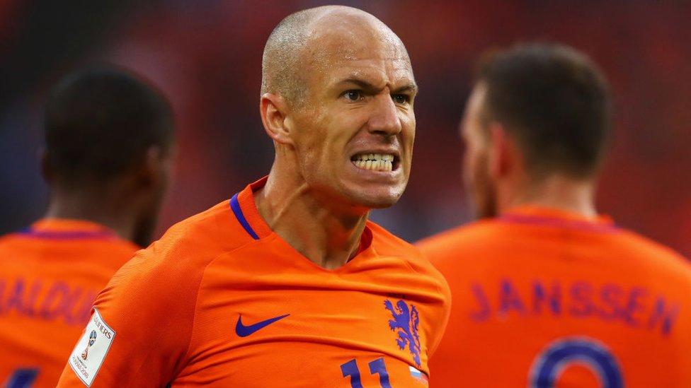 Holanda, que quedó segunda en tres mundiales, también se quedó fuera de Rusia 2018.