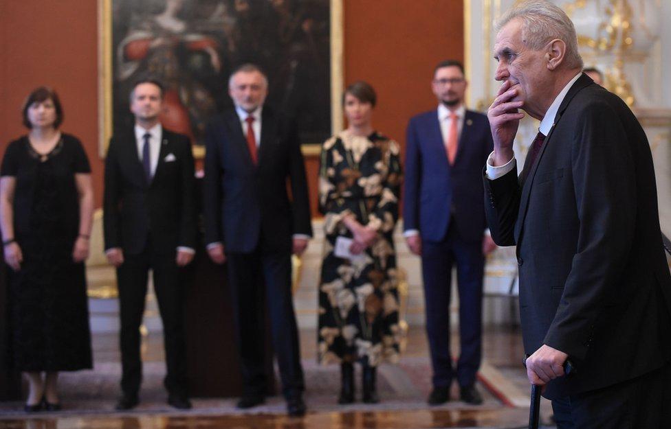 Zeman es líder del Partido Social Demócrata Checo desde 1990.