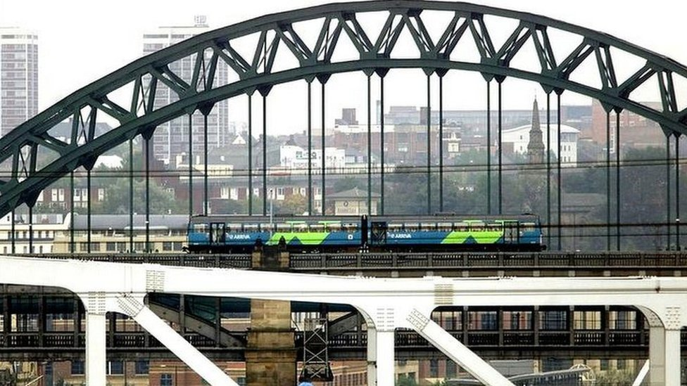 <![CDATA[Changes to rail electrification plans a 'slap in face']]>