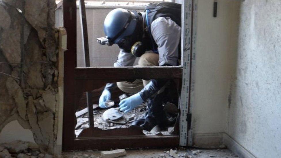 En 2013 la ONU confirmó que se usó gas sarín en un ataque en Ghouta donde murieron al menos 300 personas.