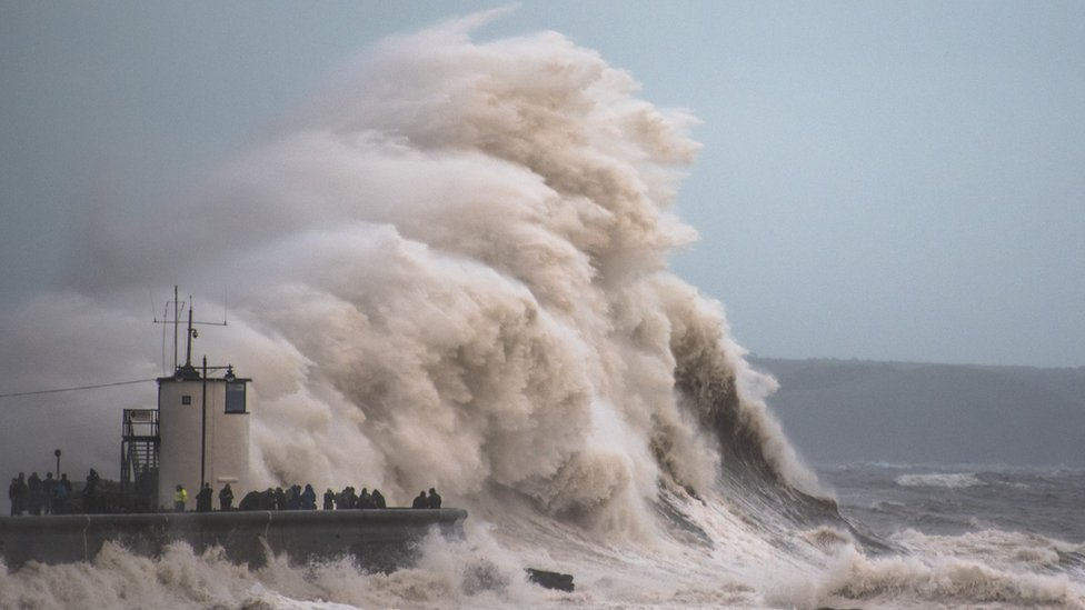 Storm Brian: Gale-force winds and high seas hit UK coast