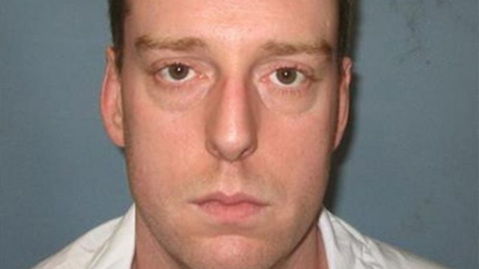 Alabama inmate heaves and coughs during lethal injection