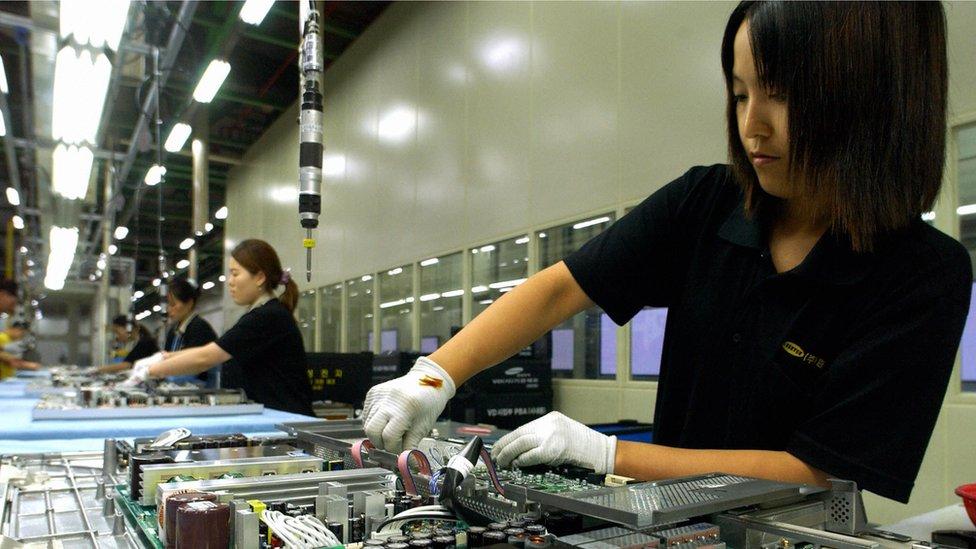 Samsung VN bác bỏ 'tình trạng khắc nghiệt' với lao động nữ