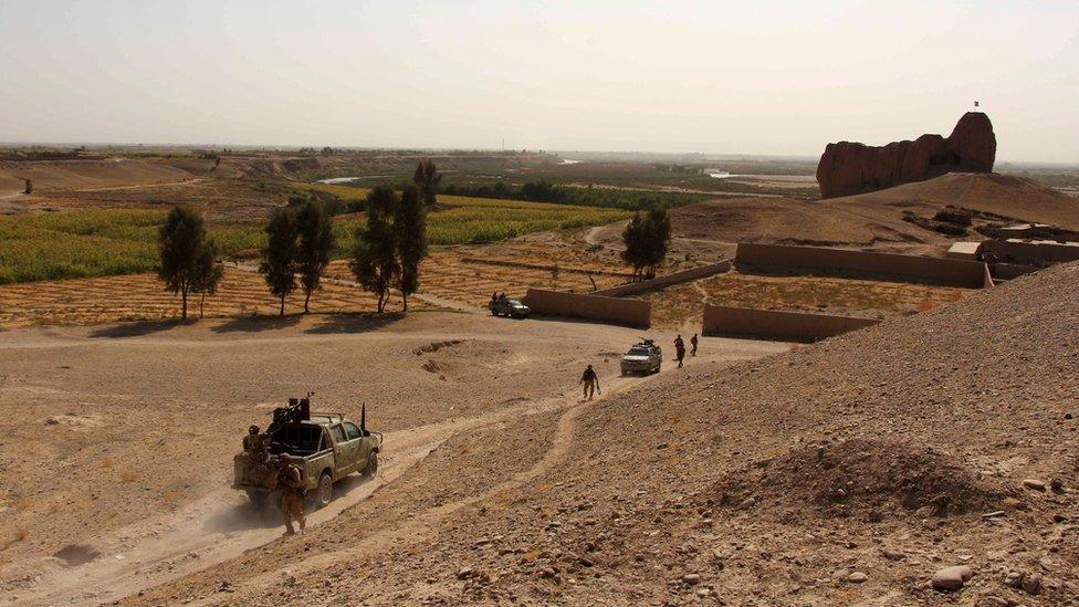 درگیری در ولایت هلمند 'دستکم ۱۶ کشته' بهجا گذاشت