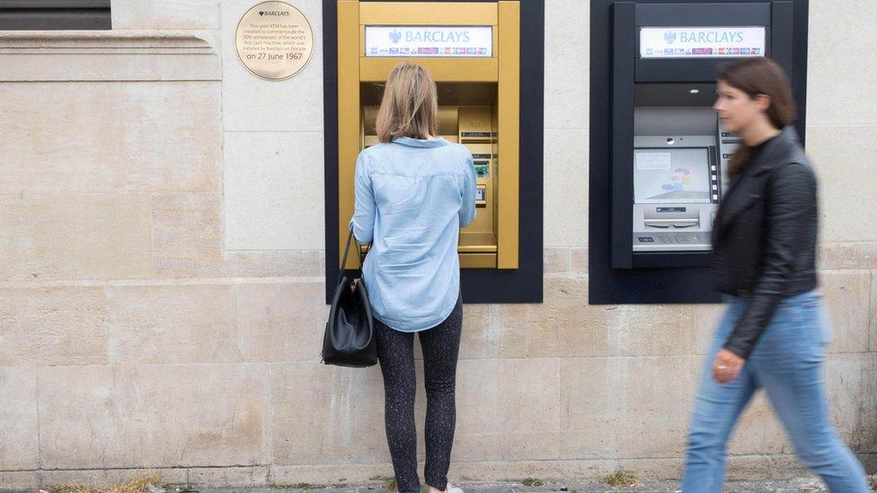 ATM'nin 50 yılı: Bankacılığı değiştirdi ama mucidine hiç kazandırmadı