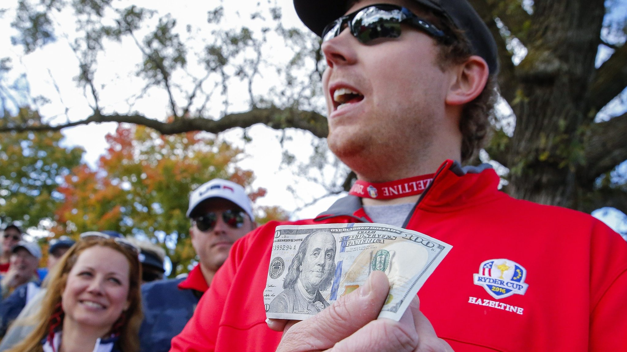 Putt on the spot: American heckler wins $100 bet with Europe's Rose