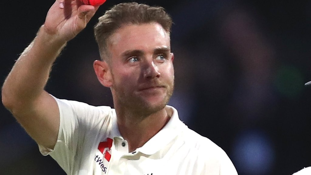 England's Stuart Broad wants to play in 2019 Ashes after Test wicket milestone