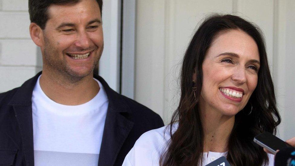 Jacinda Ardern: New Zealand PM's 'unusual' pregnancy surprise