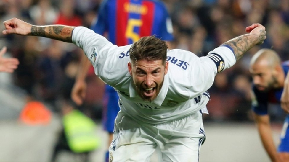 Real Madrid strike late to snatch draw at Barcelona