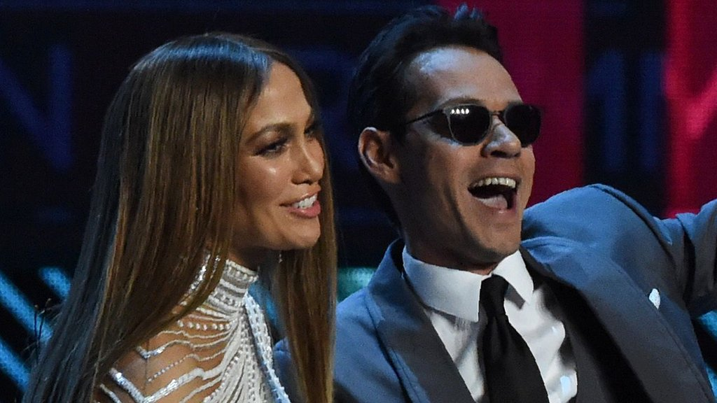 BBC News - Jennifer Lopez and Marc Anthony reunite at Latin Grammys