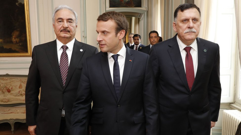 السراج وحفتر يتفقان على وقف إطلاق نار مشروط في ليبيا