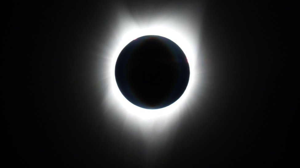 Solar eclipse 2017: Chasing the moon's shadow at 40,000ft