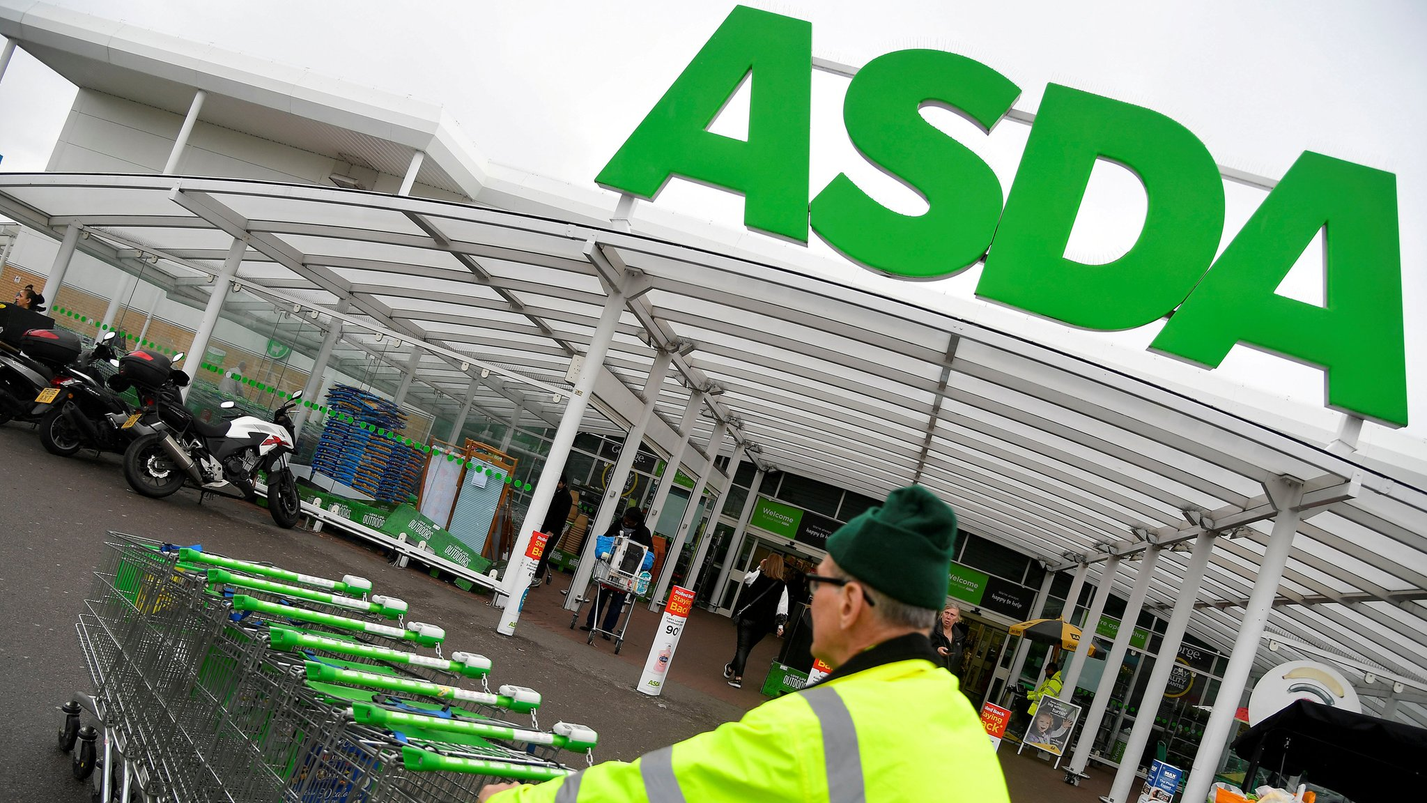 Asda revival continues as sales rise again