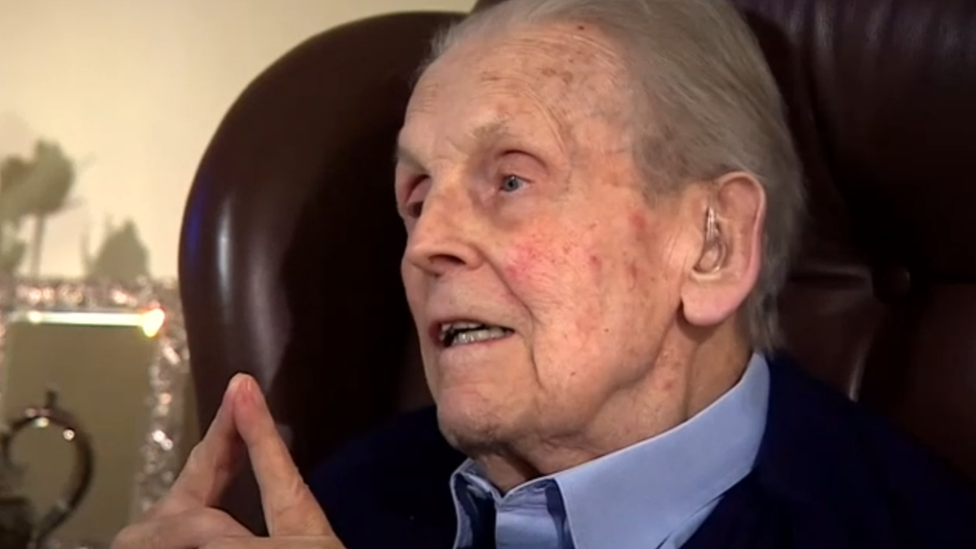 Last real life Great Escape prisoner dies aged 99