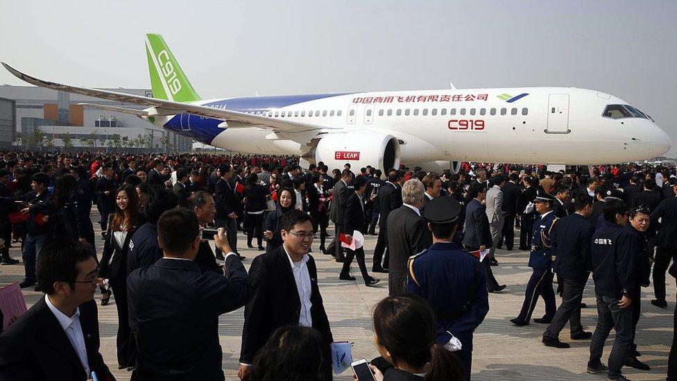 """Xi Jinping: no tener aviones """"made in China"""" es """"estar a merced de otros""""."""