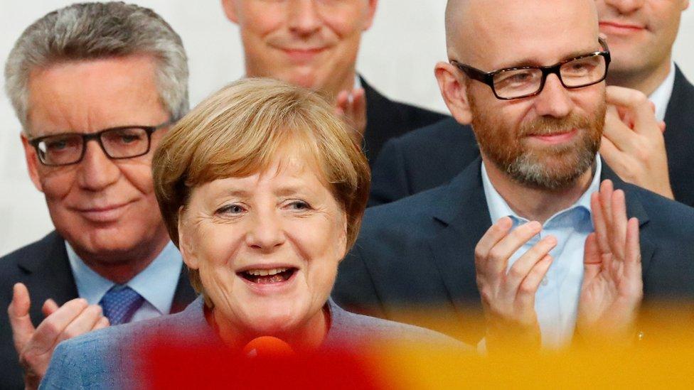 Angela Merkel sắp hết thời?