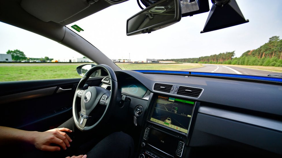 Hammond: Driverless cars will be on UK roads by 2021