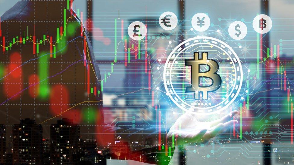Las plataforma de cambio digital son la manera más fácil de obtener dinero real, pero también están a merced de las fluctuaciones de mercado, como las acciones de una empresa.