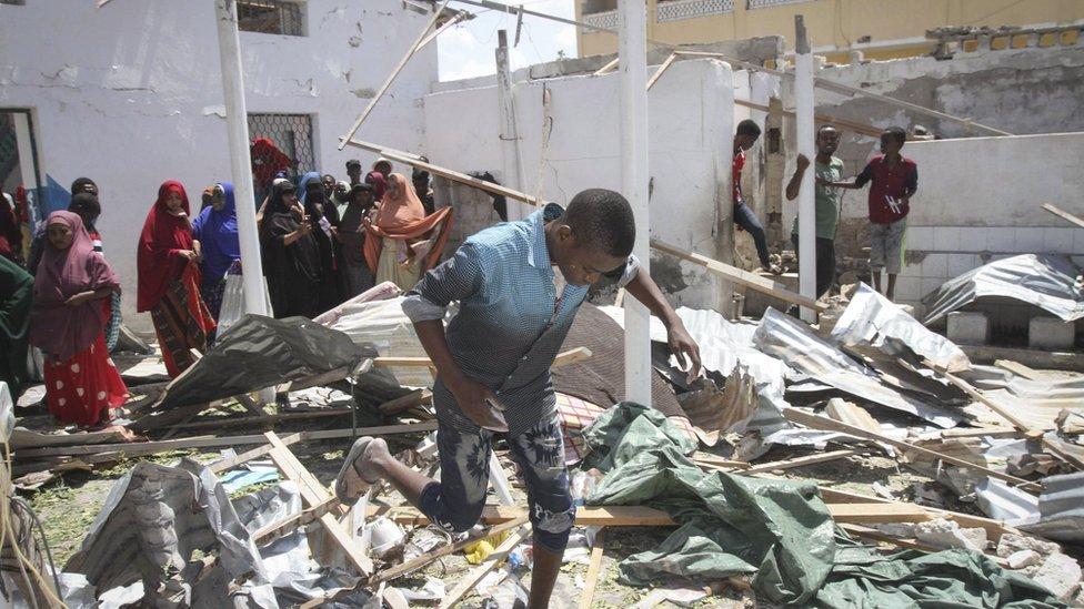 Somalia's capital Mogadishu hit by huge explosion