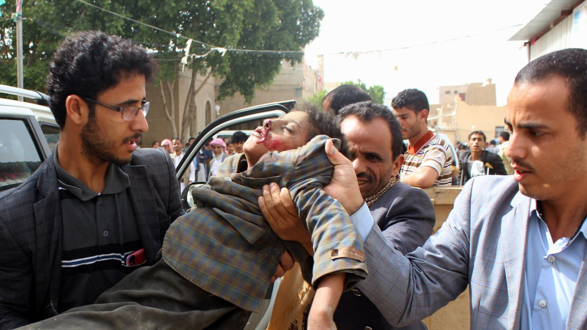 Saudi-led air strike kills 29 children in Yemen