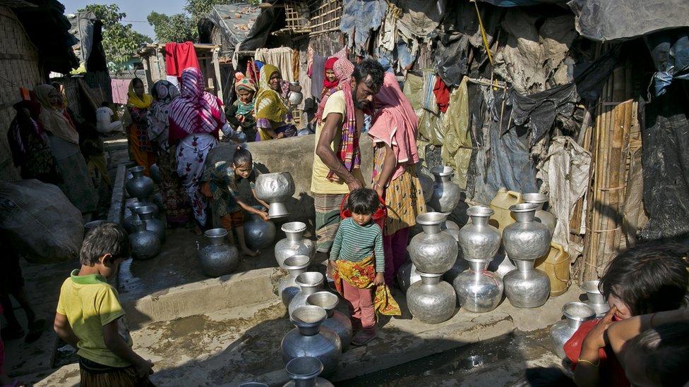 নোয়াখালির নির্জন দ্বীপে রোহিঙ্গাদের সরাবে বাংলাদেশ