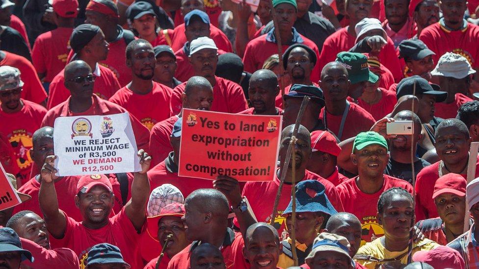 Thabo Mbeki accuse l'ANC d'être devenu un parti noir'
