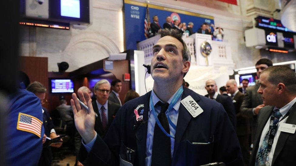 У США відбулося рекордне падіння фондового індексу Доу-Джонса