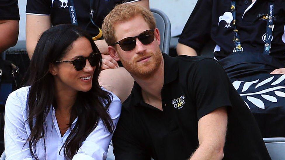 Meghan Markle junto al príncipe Harry