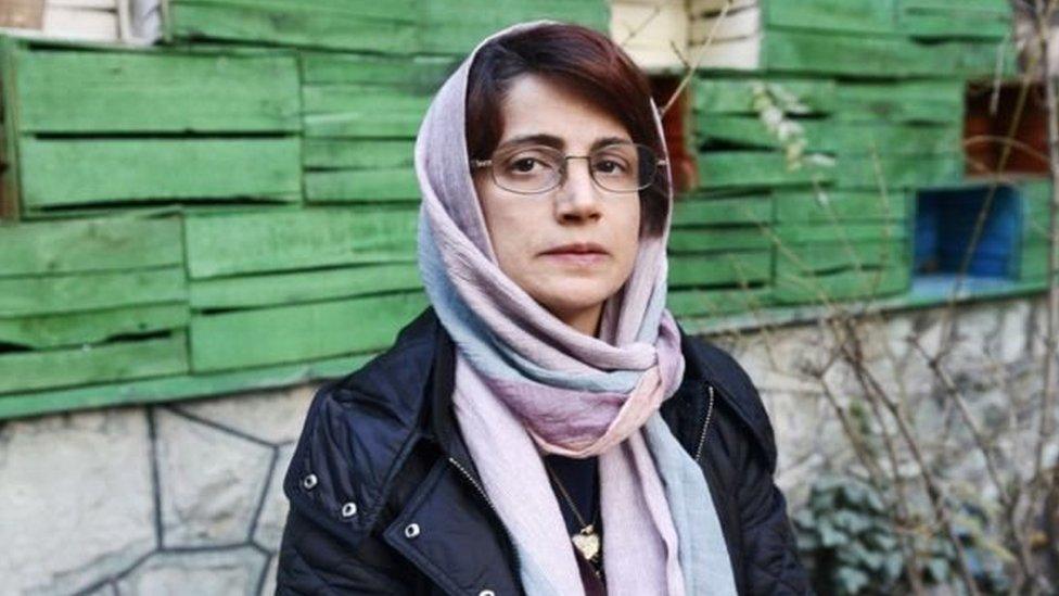 ایران: نسرین کو 38 سال قید اور 148 کوڑوں کی سزا