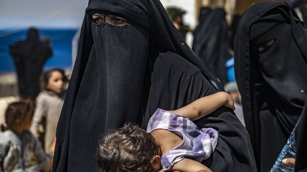 أمهات وأطفالهم