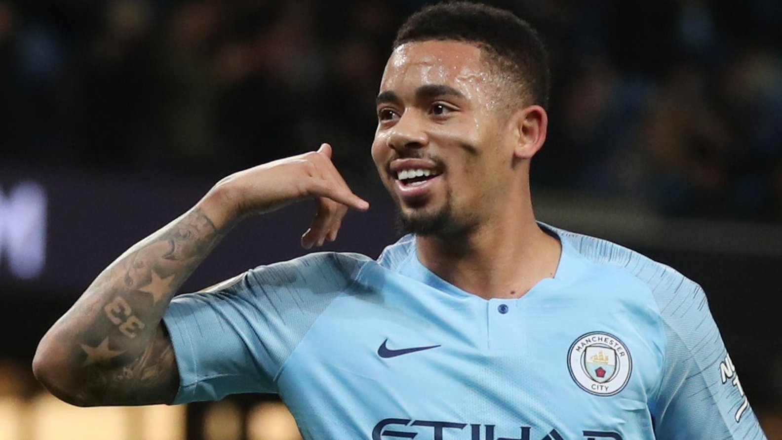 Manchester City 3-0 Wolves: Gabriel Jesus scores twice as City narrow gap on Liverpool